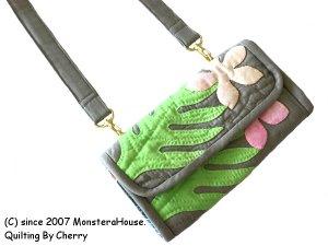 画像1: ラウアエとプルメリアのお財布ポシェット