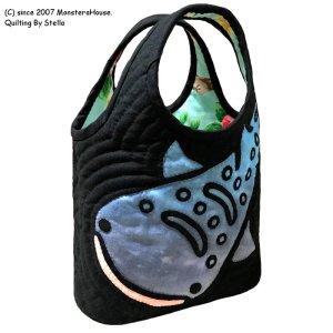 画像2: 【限定】ステンドグラスキルト:ジンベエのミニラウンドバッグ
